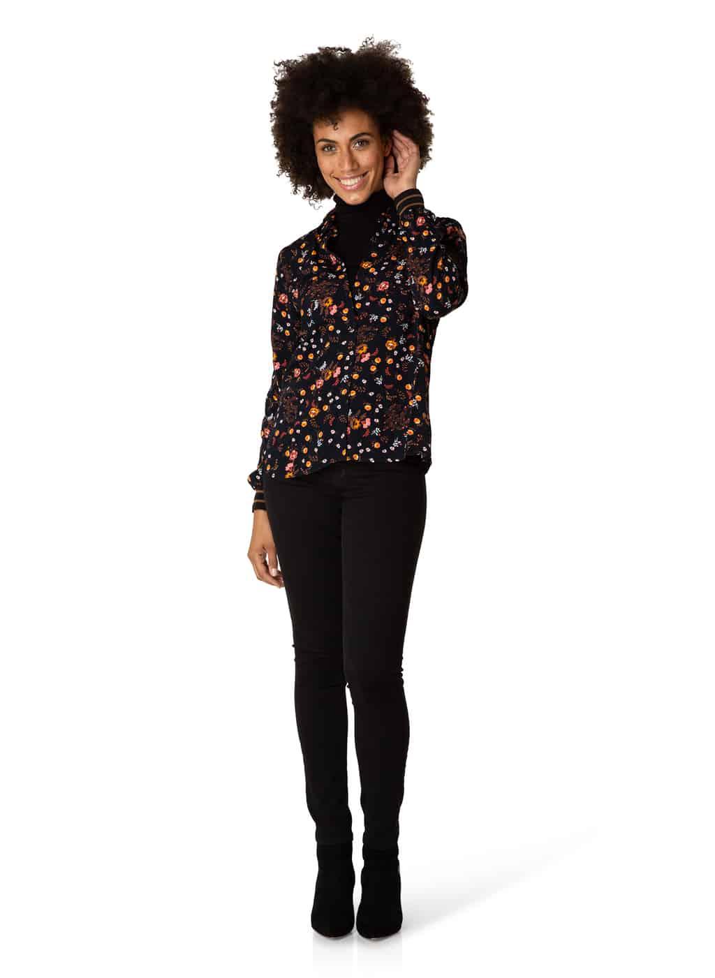 blouse € 44.95