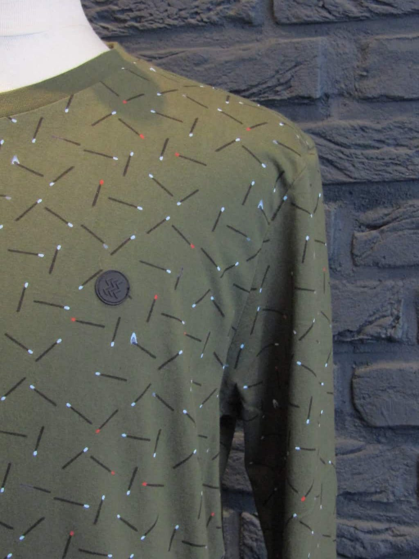 shirt € 39,95
